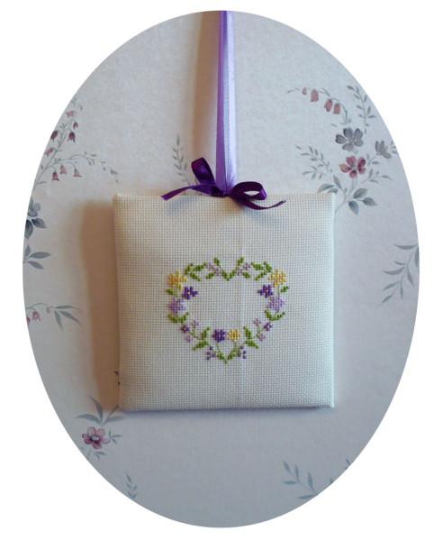 coeur-brode-violet-copie-1.jpg