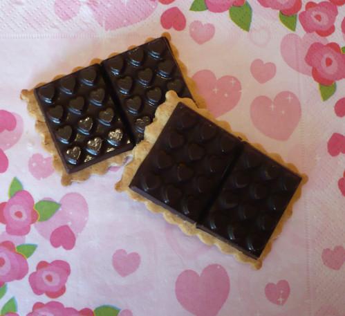 tablettes-chocolat-coeur-biscuit.jpg