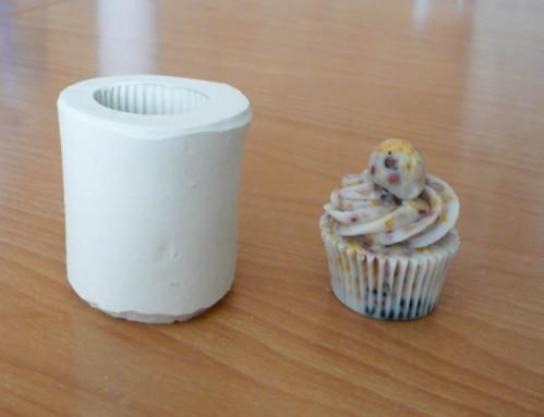 cupcake-de-graisse-pour-oiseaux.jpg