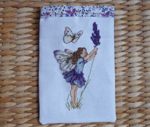 sachet-lavande-fee-flower-fairies-broderie-copie-1.jpg