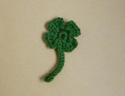 trefle à 4 feuilles à crocheter