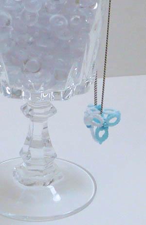pendentif 3D pyramide glacée frivolité dentelle2