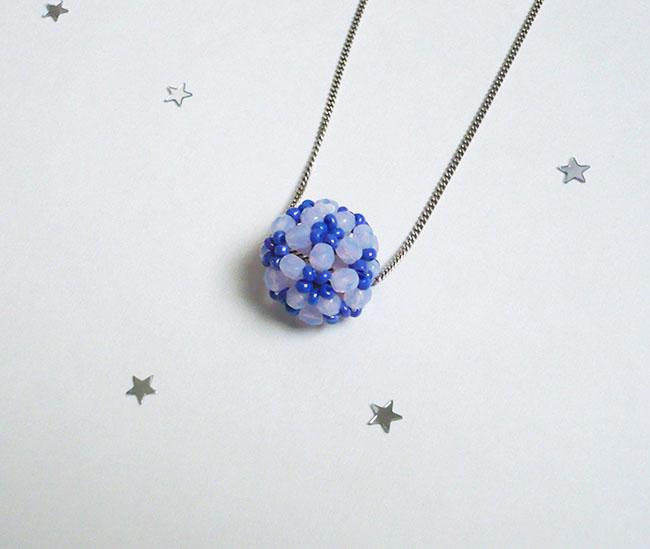 pendentif boule de neige perles boheme