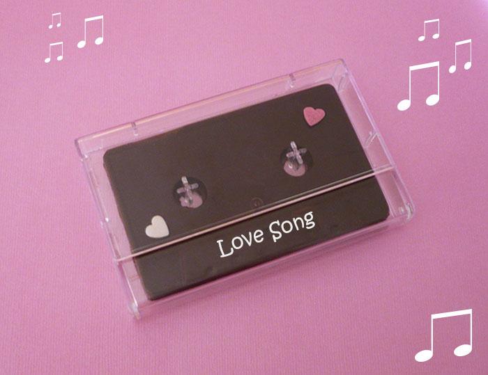 cassette audio en chocolat à offrir