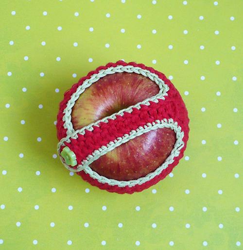 étui pour pomme au crochet