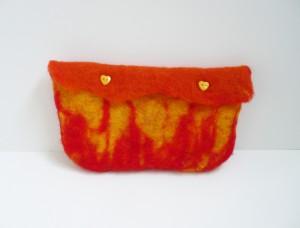 pochette flammes laine feutrée