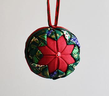 Petite boule de Noël patchwork | avec deux z